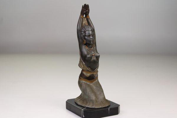 """Art Deco stiliaus skulptūra """"Šokėja"""" 20 a. II pusė"""
