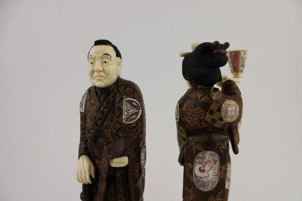 Japoniskos raudonmedzio skulptureles