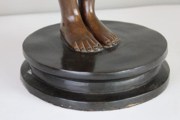 Art Deco bronzine skulptura