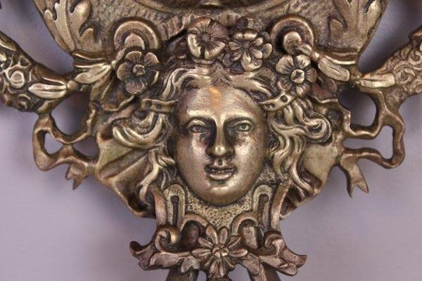 Louis XVI stiliaus sieninių veidrodžių su žvakidėmis pora