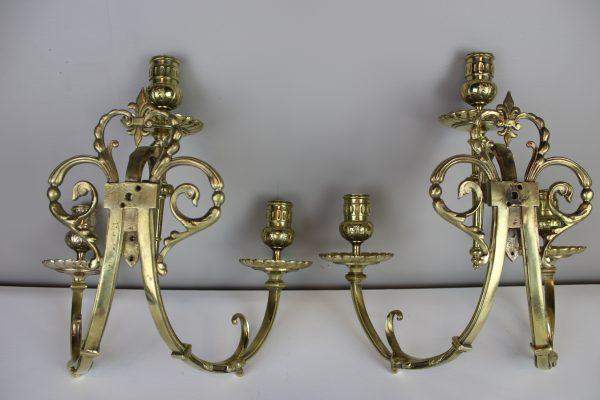 Neoklasicistinių sieninių žvakidžių pora