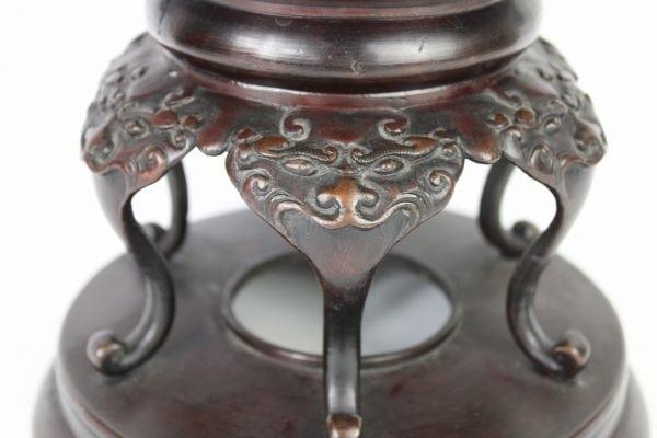 Antikvarines bronzines kinietiskos vazos