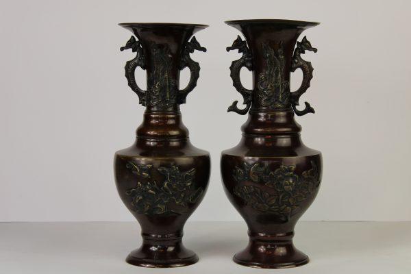 Antikvarinės bronzinės kiniškos vazos