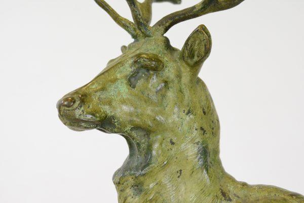 "Pierre-Jules Mene skulptūra ""Elnias"""