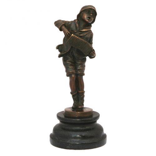 "Bronzinė skulptūra ""Akordeonistas"""