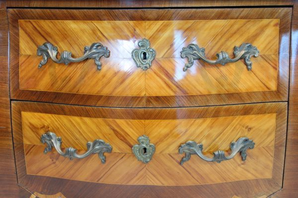 Antikvarinė Rococo komoda