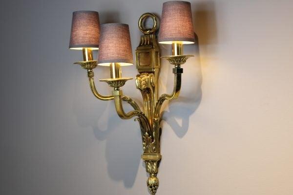 Louis XVI stiliaus antikvariniai sieniniai šviestuvai