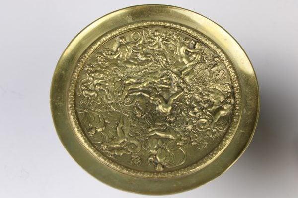 Napoleon III stiliaus antikvarinės lėkštės
