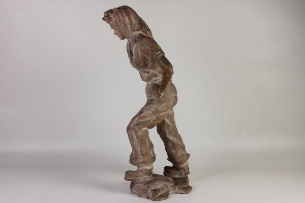 """Terakotos skulptūra """"Moteris"""" 20 a. pr."""