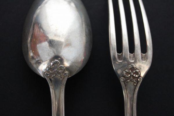 Belgiški antikvariniai sidabriniai stalo įrankiai