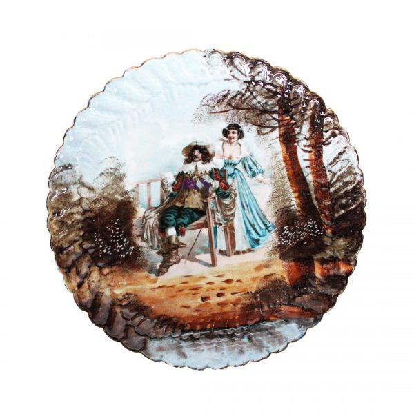 Rococo stiliaus sieninė porcelianinė lėkštė19 a. pab.