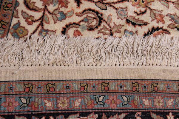 Indiškas rankų darbo šilkinis Kashmir kilimas 278 cm. x 181 cm.