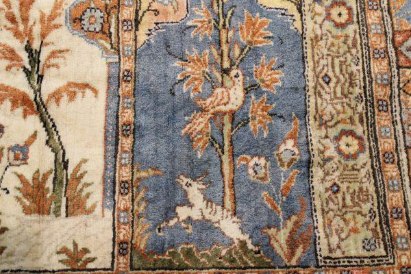Indiškas rankų darbo šilkinis Kashmir kilimas 135 cm. x 93 cm.