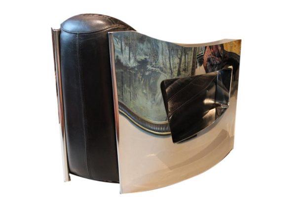 """Art Deco stiliaus odinis fotelis""""Mars"""" su metaliniais porankiais"""