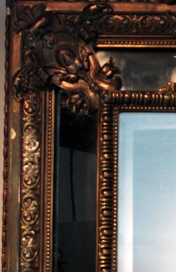 Napoleon III antikvarinis veidrodis su originaliu facetuotu stiklu.