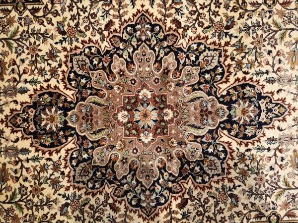 Persiškas rankų darbo Tabriz kilimas 280 cm. x 187 cm.