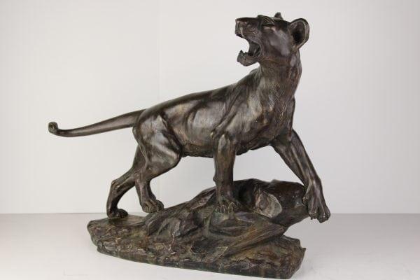 """S. Drouot bronzinė skulptūra """"Liūtė"""" 19 a. pab."""