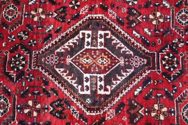 Vilnonis rankų darbo Afshar kilimas 204 x 150 cm.