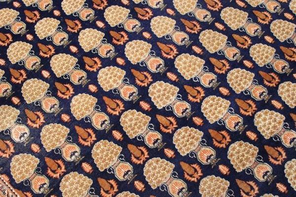 Persiškas rankų darbo Bidjar kilimas 273 x 183 cm