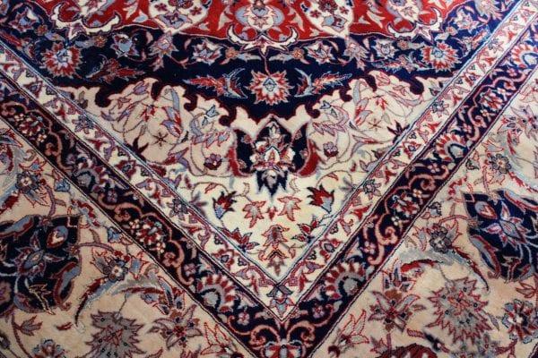 Persiškas rankų darbo Tabriz kilimas 355 x 255 cm.