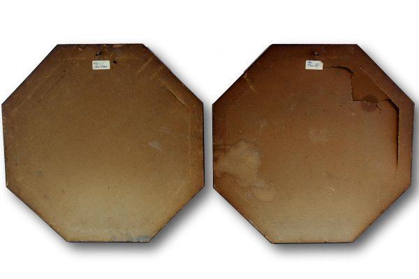 Antikvarinių varinių dekoracijų pora