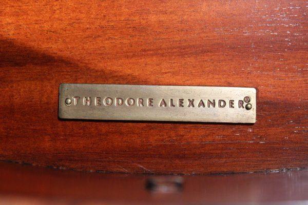 Theodore Aleksander komodų pora