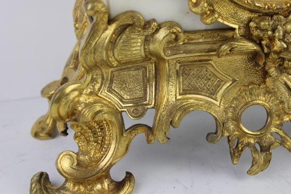 Antikvarinis rococo stiliaus pastatomas laikrodis