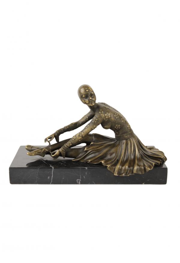 Art Deco skulptūra pagal D. H. Chiparus