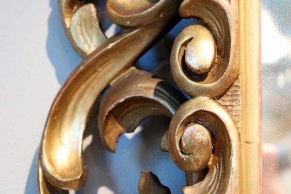Antikvarinis baroque stiliaus veidrodis