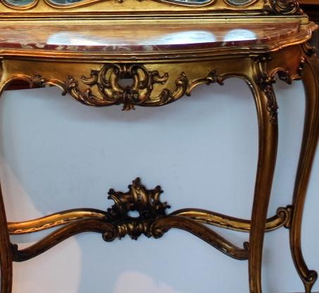 Rococo stiliaus konsolė su veidrodžiu 20 a. pr.