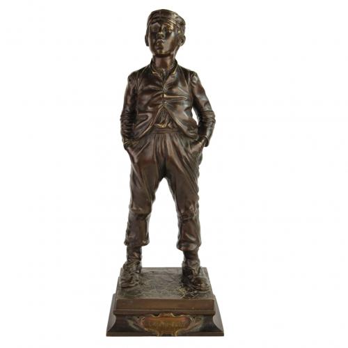 """H. Herzberg bronzinė skulptūra """"Švilpautojas"""" 19 a. pab."""