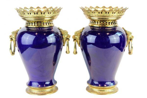 Liudviko XVI stiliaus keramikinės vazos