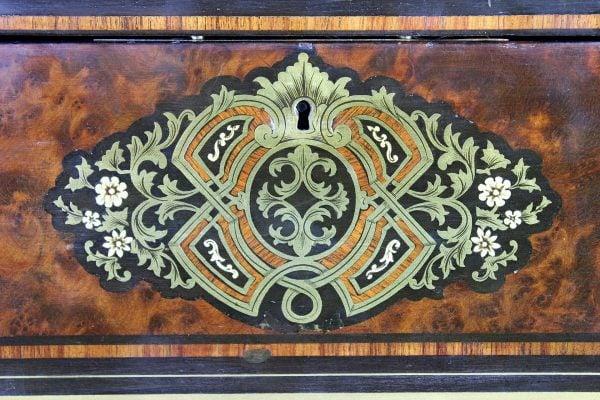 Antikvarinė Napoleon III stiliaus skrynelė