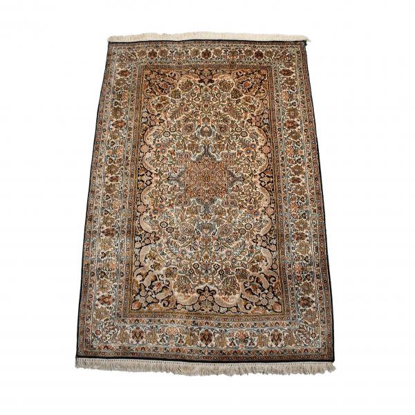 Indiškas rankų darbo Kashmir šilkinis kilimas