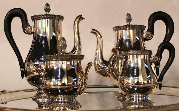 Christofle kavos ir arbatos servizas su padėklu