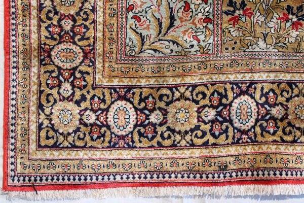 Rankų darbo persiškas Qum kilimas