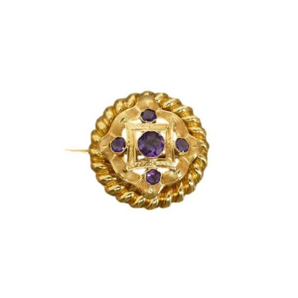 Napoleon III stiliaus auksinė sagė
